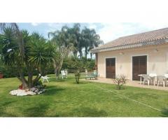 Villa singola a Mascali con parco di 1500 mq