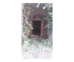 Rustico a Monacella da restaurare con terreno annesso