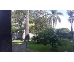 Appartavilla di cinque vani con giardino e terrazzo esterno di 300 mq