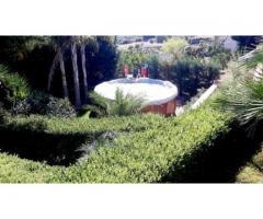 Villino con giardino e piscina con grande panorama