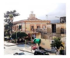Casa centrale e indipendente con giardino e terrazzo