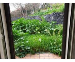 Villa angolare nuova con 300 mq di giardino