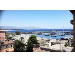 Fronte porto turistico dell'Etna Panoramicissimo appartamento in nuda proprietà