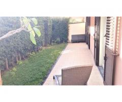 Nuovo appartamento in residence con giardino