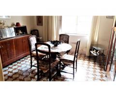 Appartamento 5 vani con terrazzino e giardinetto in piccolo condominio in centro